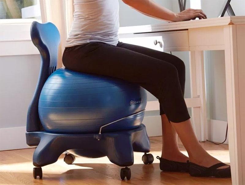 Sedie Da Ufficio Per Postura Corretta.Migliori Sedie Ergonomiche Da Ufficio 2019 Guida Completa